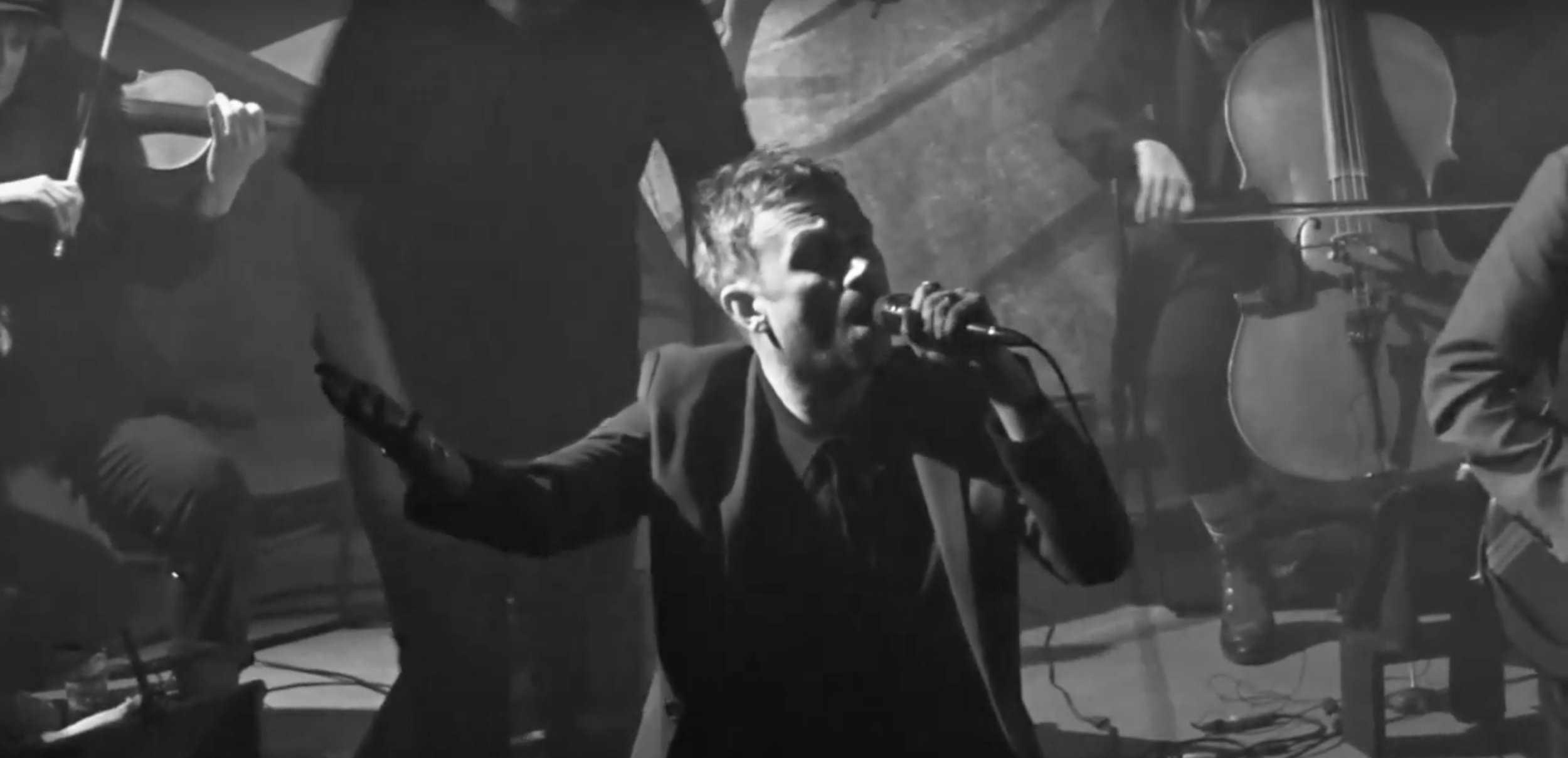 The Good, The Bad & The QueenEartH [04/12/18] - The Good, The Bad & The Queen, led by the poetic musings of Damon Albarn transform EartH Hackney into Merrie Land for three nights. Here's our verdict of the triumphant opening show.