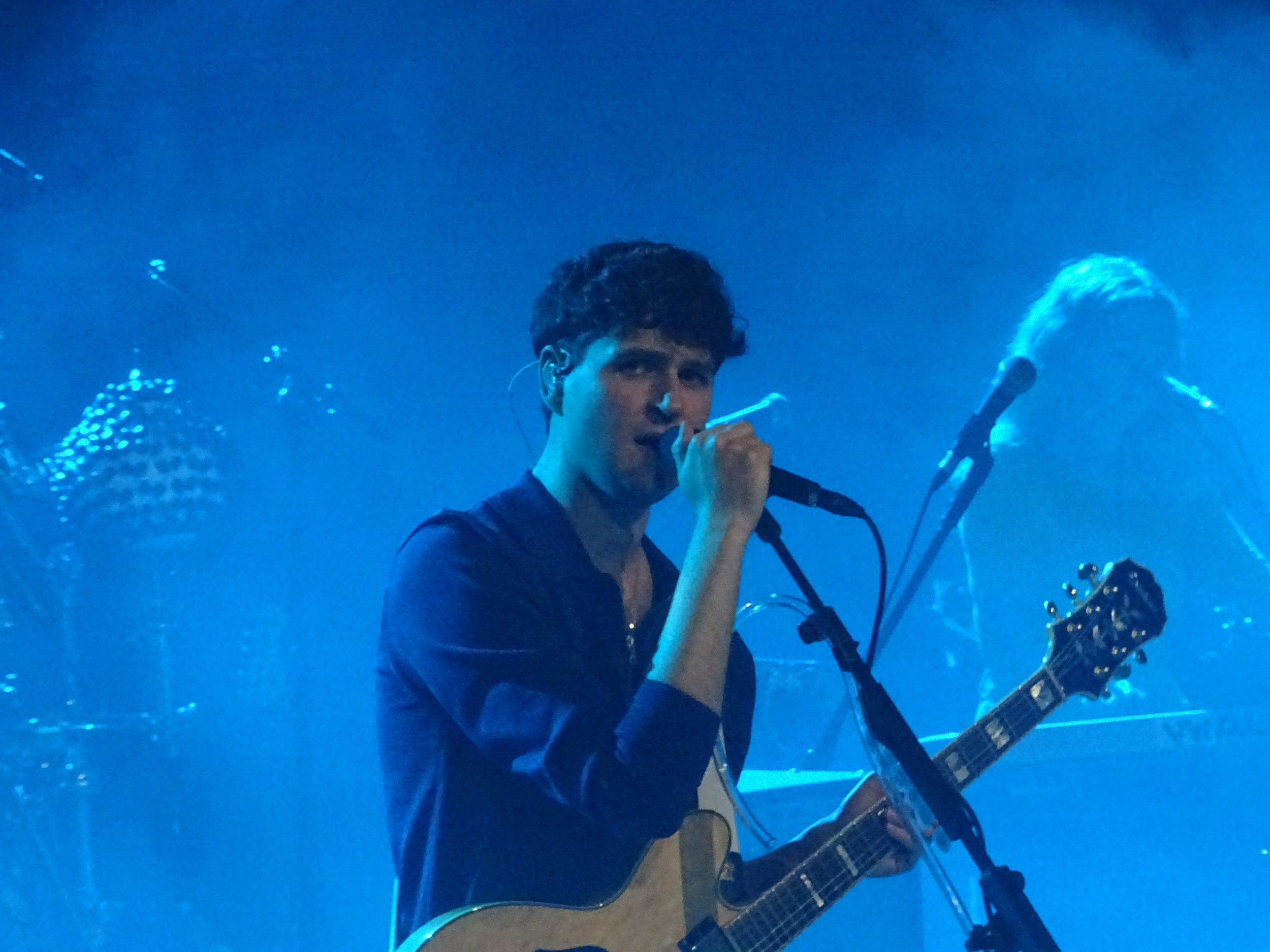 VAMPIRE WEEKENDEarth [21/03/19] - For their first London performance in six years, Vampire Weekend bring prog rock, indie pop and a dose of their own quirky style to a very special show at Hackney's Earth Theatre.