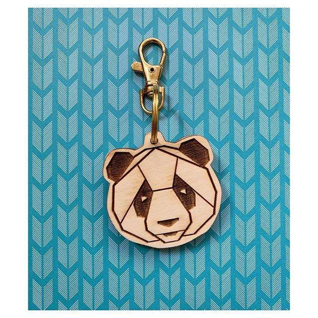 Grin and Bear It! . . . #dingyproject #mensfashion #womensfashion #helpinganimals #asseenincolumbus #lifeincbus #columbusartist #rescuedontbuy #animalactivist #adoptdontshop #fashionforacause #menstyle #womenstyle #fashionpin #purseclip #showyourdingy #dingy #shoplocal #locallove #bear #pandaworld #bearlife #bearsofinstagram #fashion #columbusohio #panda #fashionblogger #igfashion