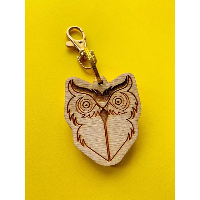 Knock Knock, Who's There? . . . . #dingyproject #owls #owl #keychain #owllovers #owllover #helpinganimals #rescuedontbuy #adoptdontshop #owlsofinstagram #birds #bird #igfashion #fashionforacause #menstyle #dingy #lasercutting #styleformen #shoplocal #localartist #styleforwomen #womenstyle #animaleducation #showyourdingy