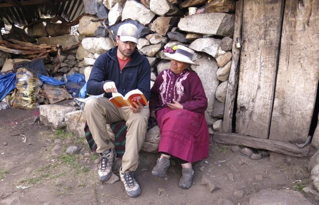Reading the Scriptures to Senfronia