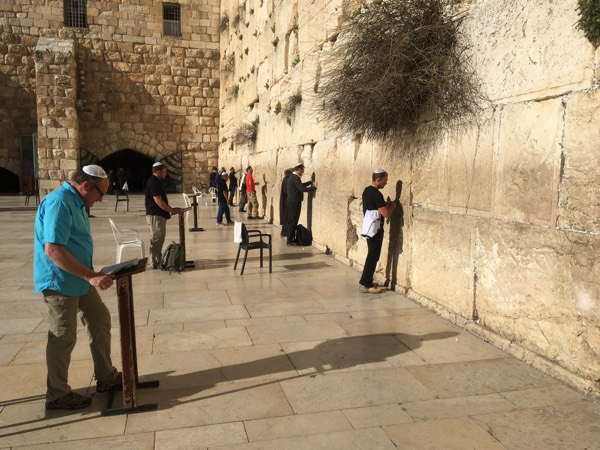 Ricky & Ken speak Scripture and Gospel truth at the Western Wall.
