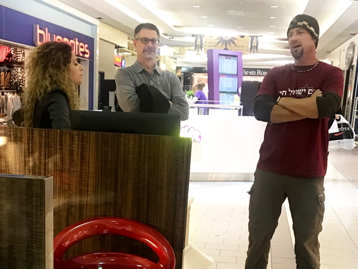Jesse shares the Gospel with a Jewish girl from Azerbaijan in a Saskatchewan mall.