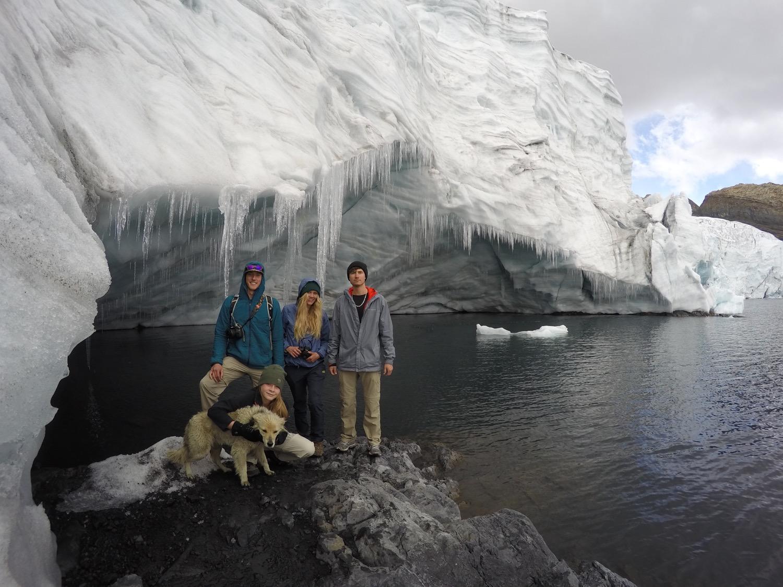 Exploring the Pastoruri Glacier