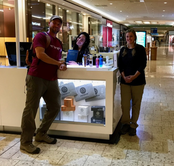 Jesse Boyd & Mindy Trent give away a Hebrew Bible in a Colorado mall.