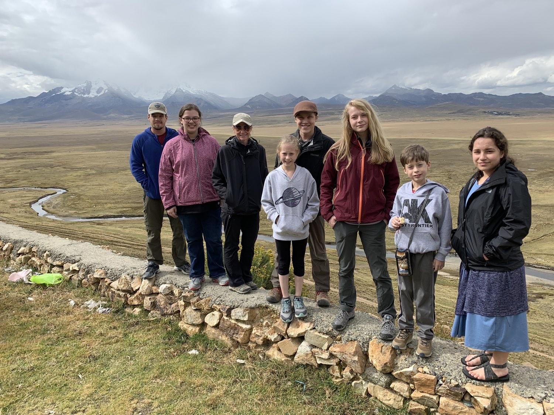 Team Yeshua 2019 at Conococha Pass enroute to Huaraz (13,800 ft.)