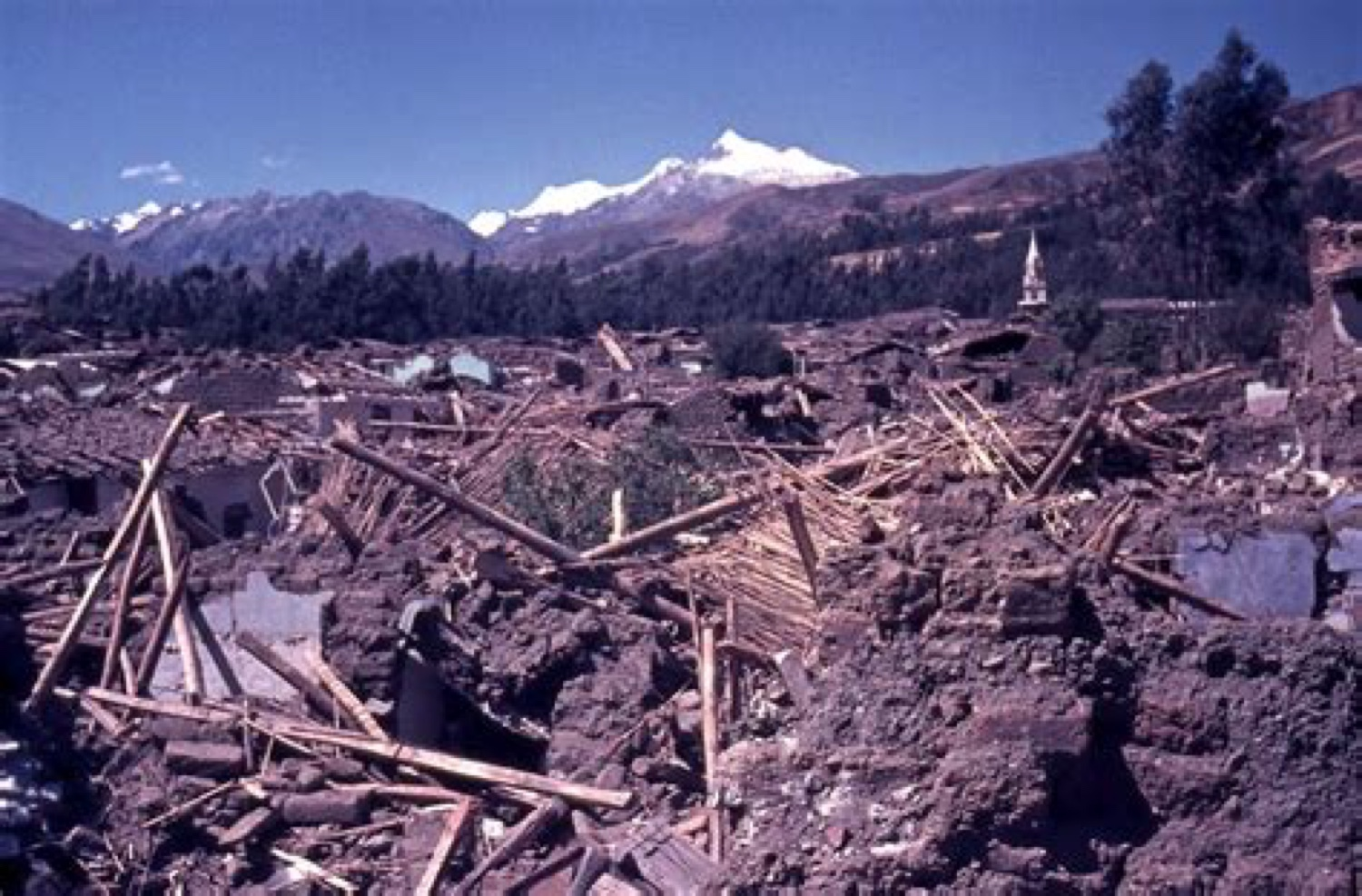 95% of Huaraz was completely destroyed in the 1970 earthquake.