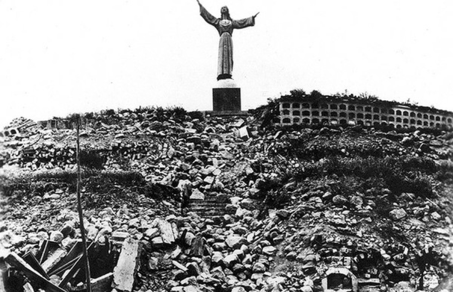 At thef oot of the REAL Jesus, there are no cold nights waiting to be rescued as it was for those who fled to this statue in Yungay on May 31, 1970.