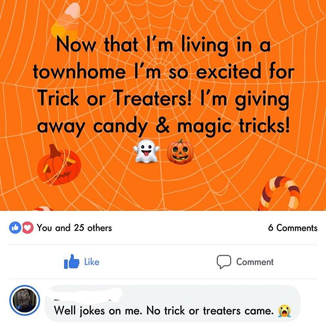 This is how my Halloween played out. 😂😂 How was yours? #halloween #trickortreat #halloween🎃 #halloween2018 #trickrtreat #candy