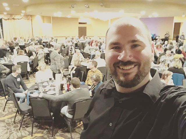 It's almost show time for a corporate event tonight! I'm performing at the Holiday Inn @dtsiouxfalls #SiouxFalls #Downtown #SouthDakota #magicianslife #magic #magician #mindreader #liveevents #corporateevents #corporateentertainment #mindblown