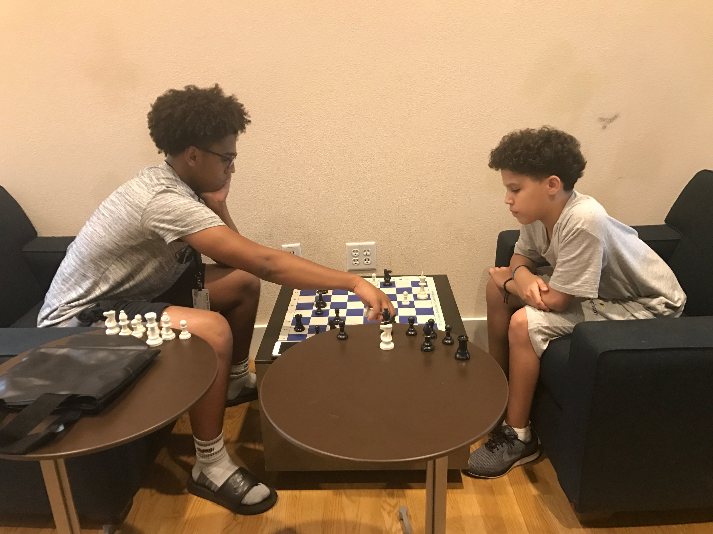 Brathes '17 and ChrisAngel playing chess