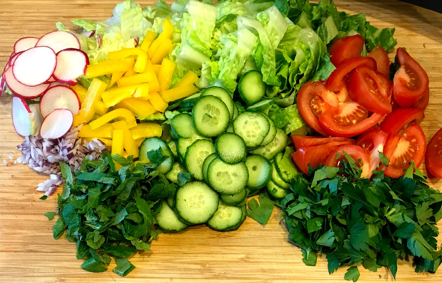 Fattoush salad base.jpg