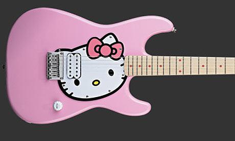 Hello-Kitty-guitar-002.jpg