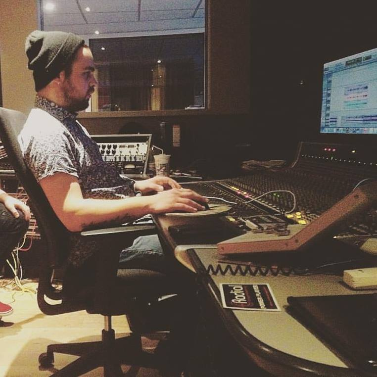 Jonathan Cagne  Musician//Producer