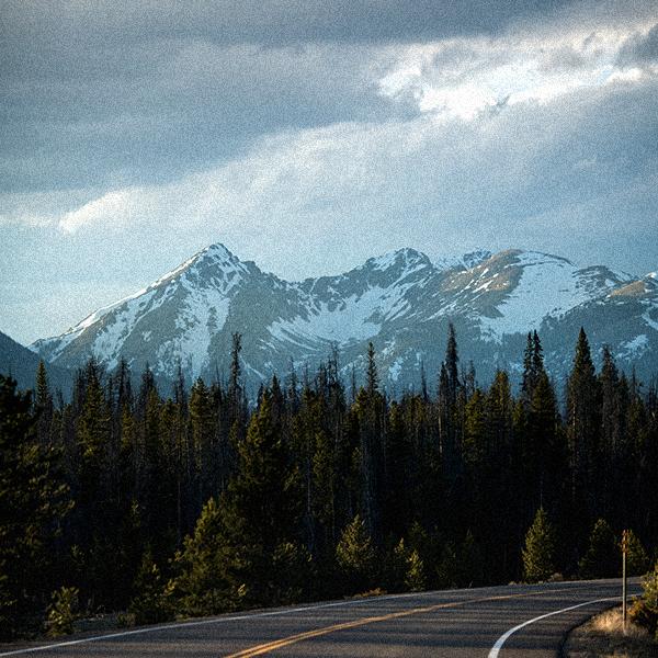 AboutUs_600x600_mountains.jpg