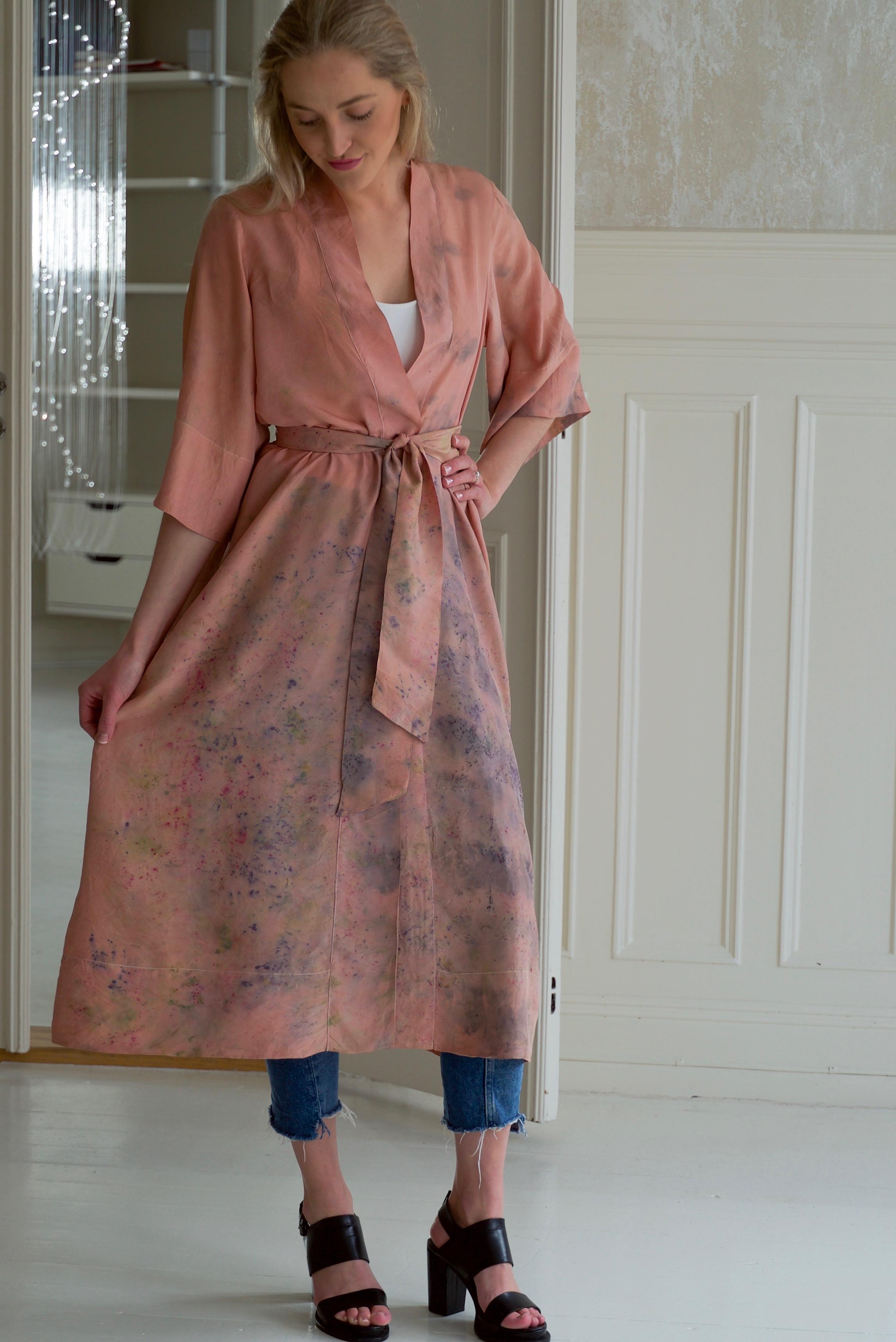 Robe 20 Victoria, frint m belte.jpg