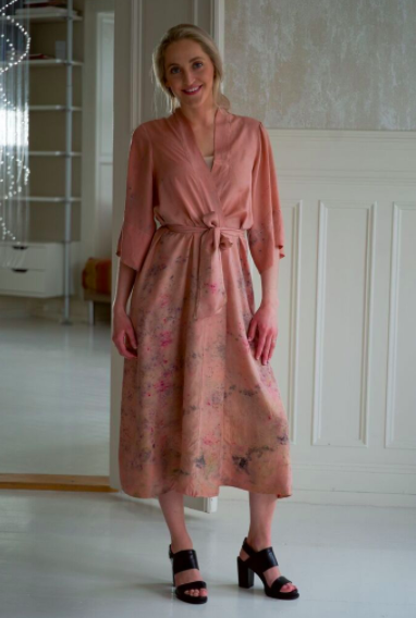 SILK ROBE · No. 26 OF 33 · SIZE LARGE
