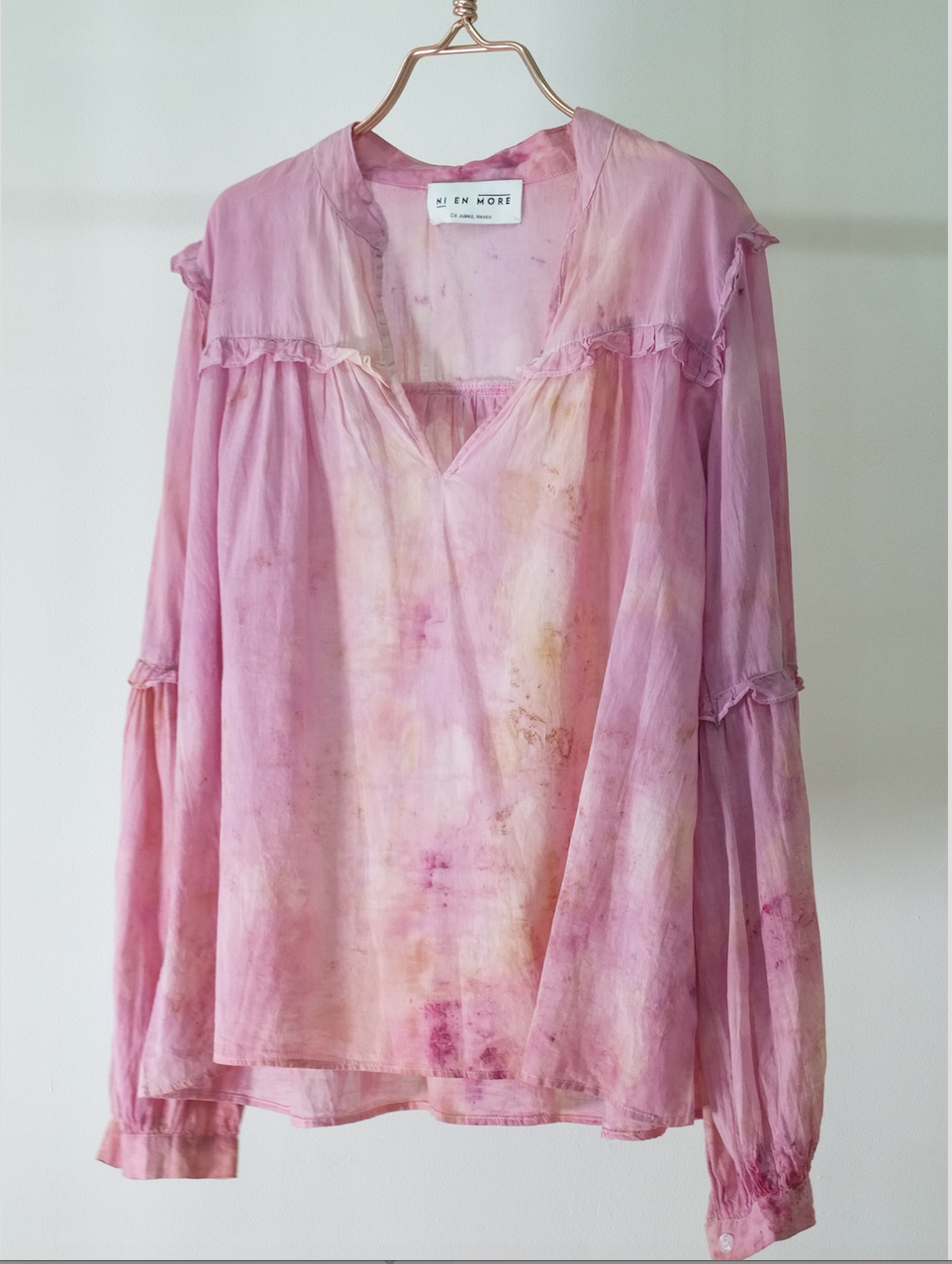 COTTON BLOUSE  · No  . 5 of 18  ·    SIZE MEDIUM