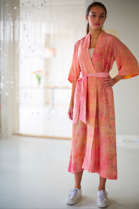 SILK ROBE · No  . 4 OF 33 ·  SIZE MEDIUM