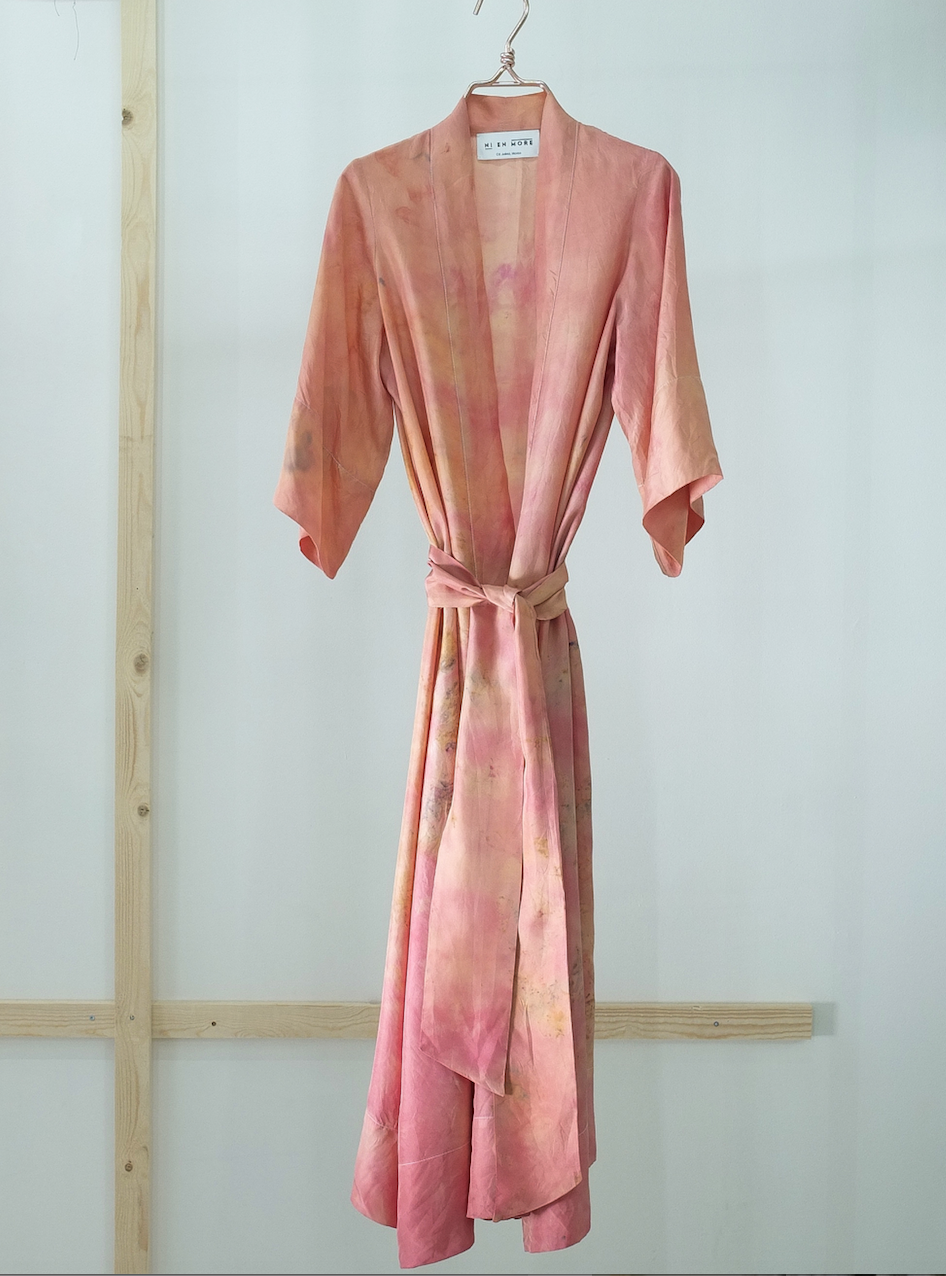 SILK ROBE · No  . 13 OF 33  ·   SIZE SMALL