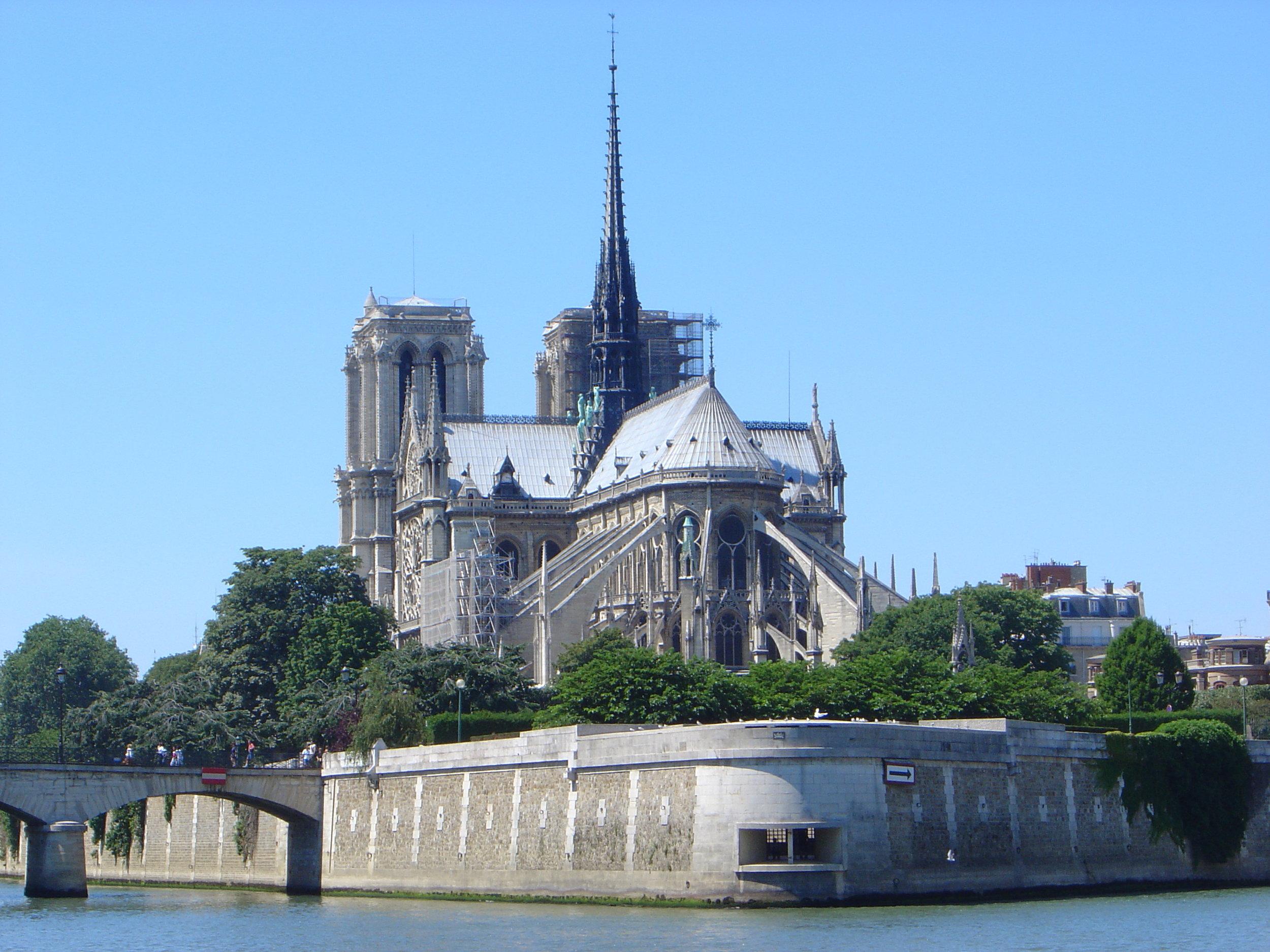 NOTRE-DAME DE PARIS (PHOTO:  David Monniaux  )