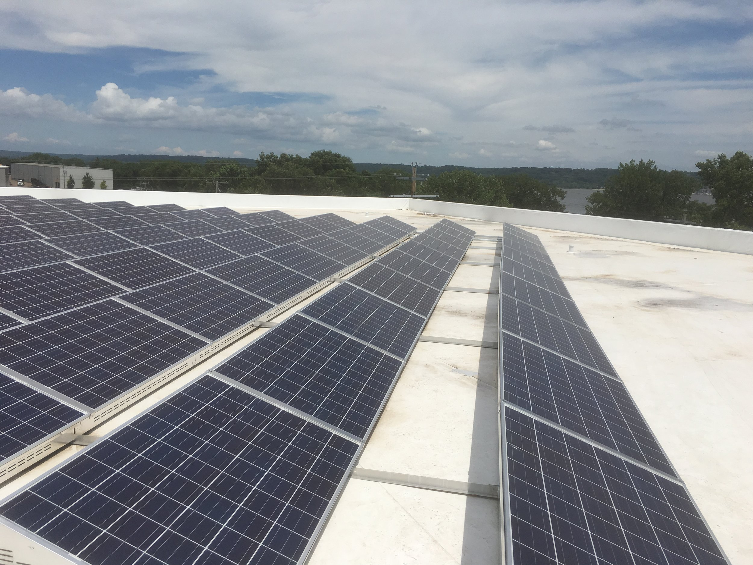 Peoria, Illinois Ballasted Rooftop Solar Installation