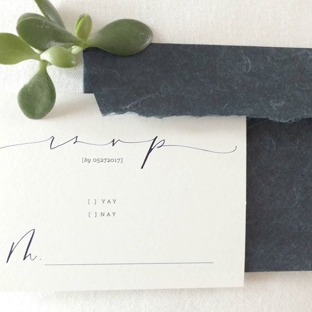 Minimal design will always have my heart. Right next to @share.studios dreamy envelopes! 💓