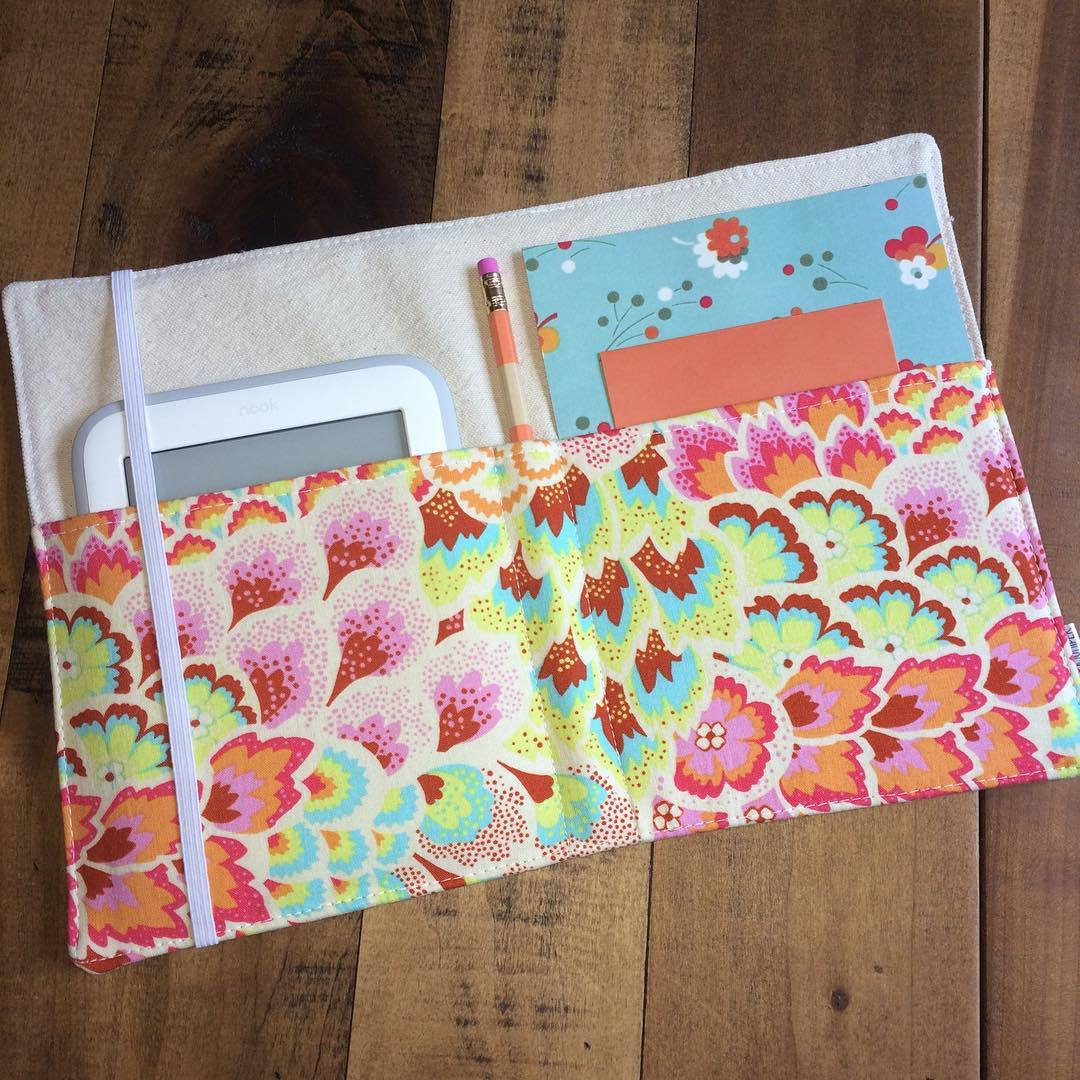 Padfolio in Peackock Blush