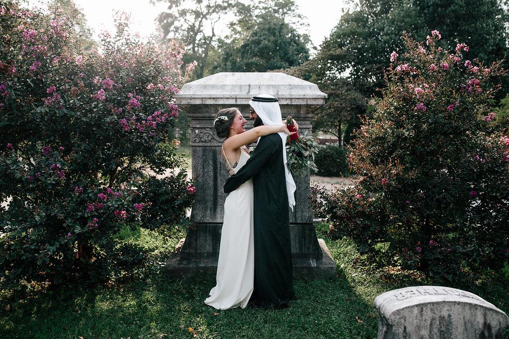 CemeteryWedding-14.jpg
