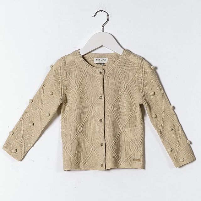 Our Flatknit Wool Cardigan for girls, one of many on our etsy store link in the bio🦄  #etsy #clothing #children #jacket #beige #patchwork #victorian #button #girls