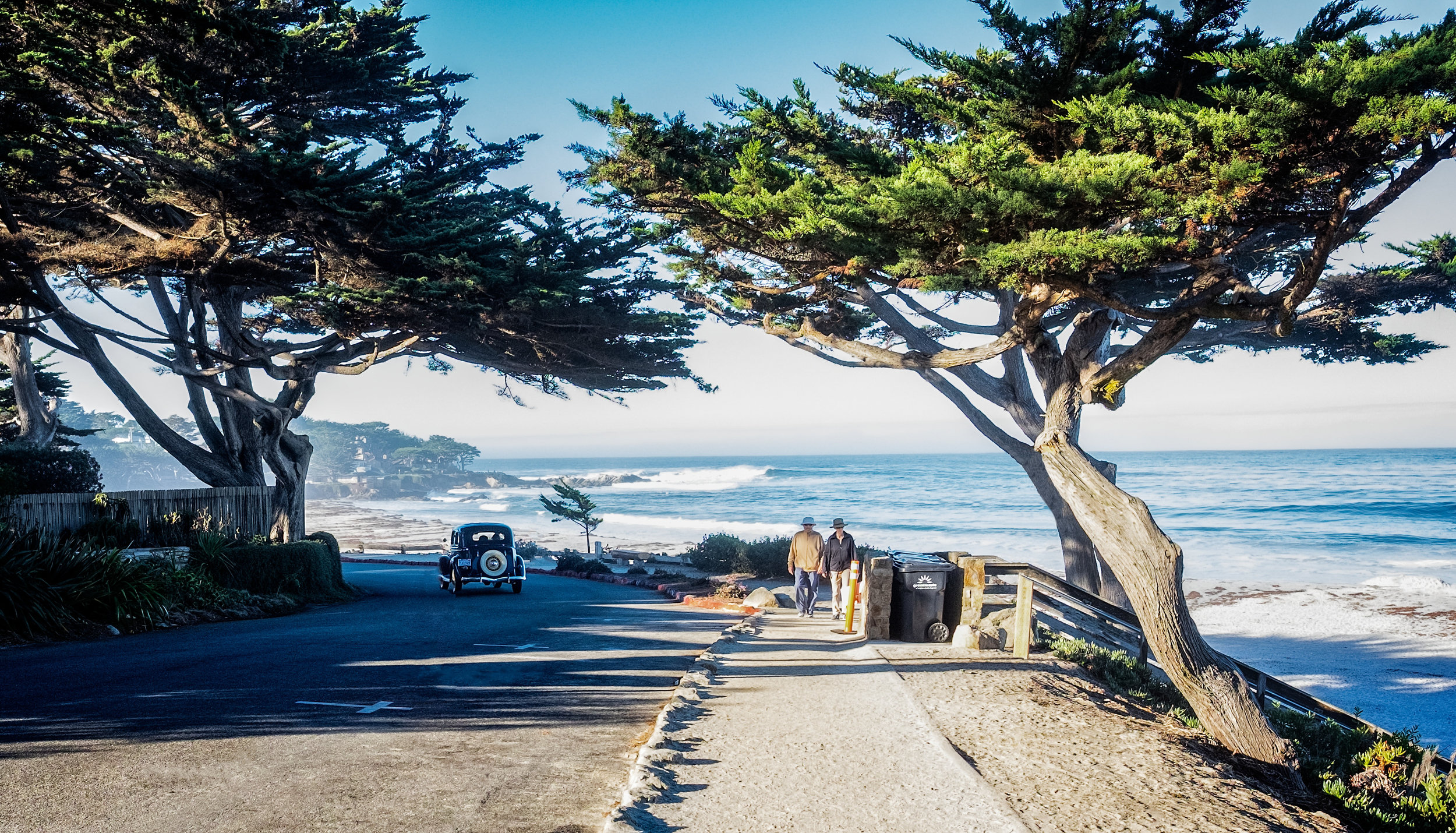Carmel by the Sea - Old Car copy.jpg