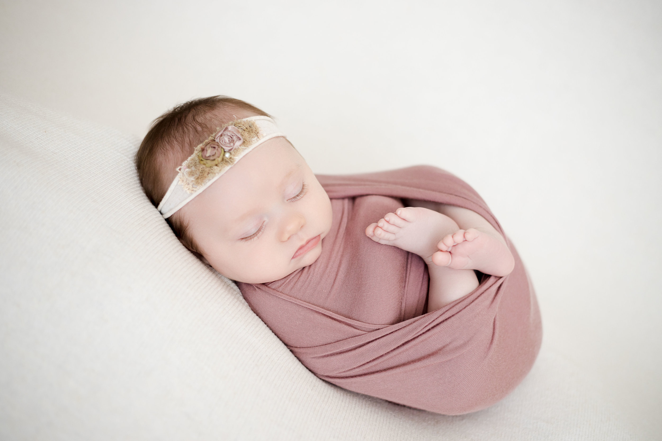 Marion IA newborn baby girl.jpg