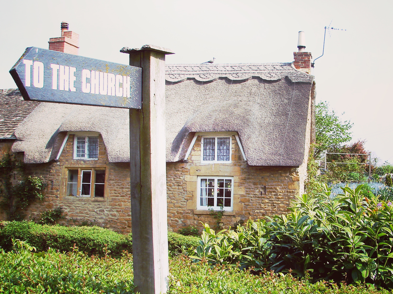 church-that-way.jpg