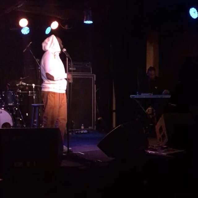 Bilal @harlowsnightclub Friday night with opener LC  Sean Healy Presents x Tastemaker Live  @bilalmusic @tastemakerlive @webookbands #harlowsnightclub #seanhealypresents #tastemakerlive #bilal