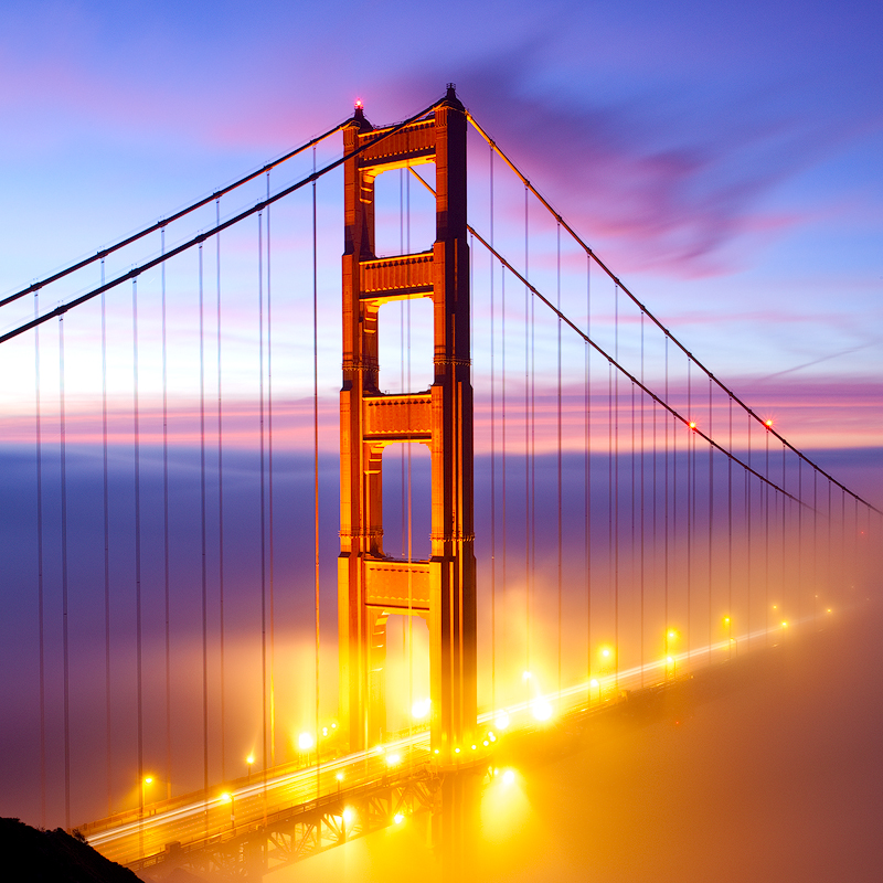 GOLDEN GATE AND LIGHT.800PX.jpg