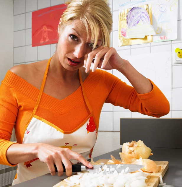Click on the image to read an article on how to literally avoid the pain of cutting onions.