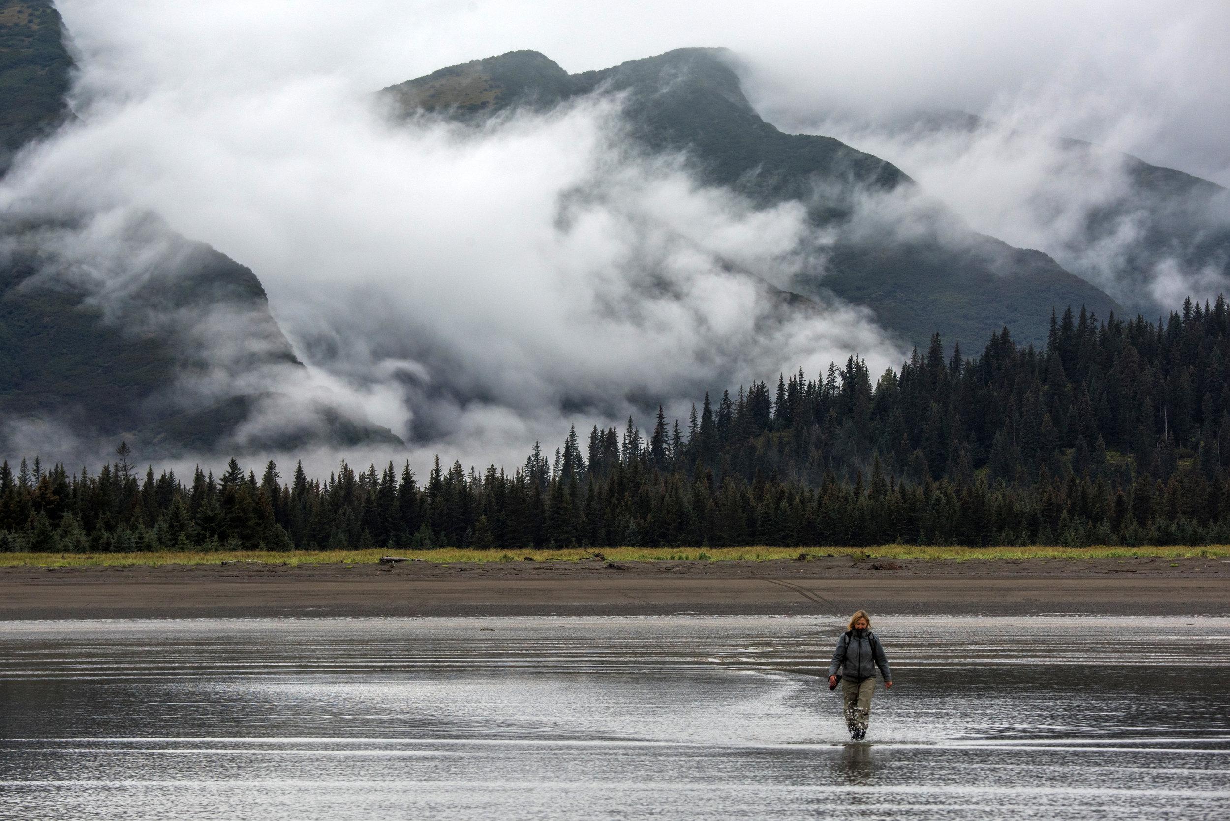 EdneyAP_Alaska_HalibutFishing-4599b.jpg