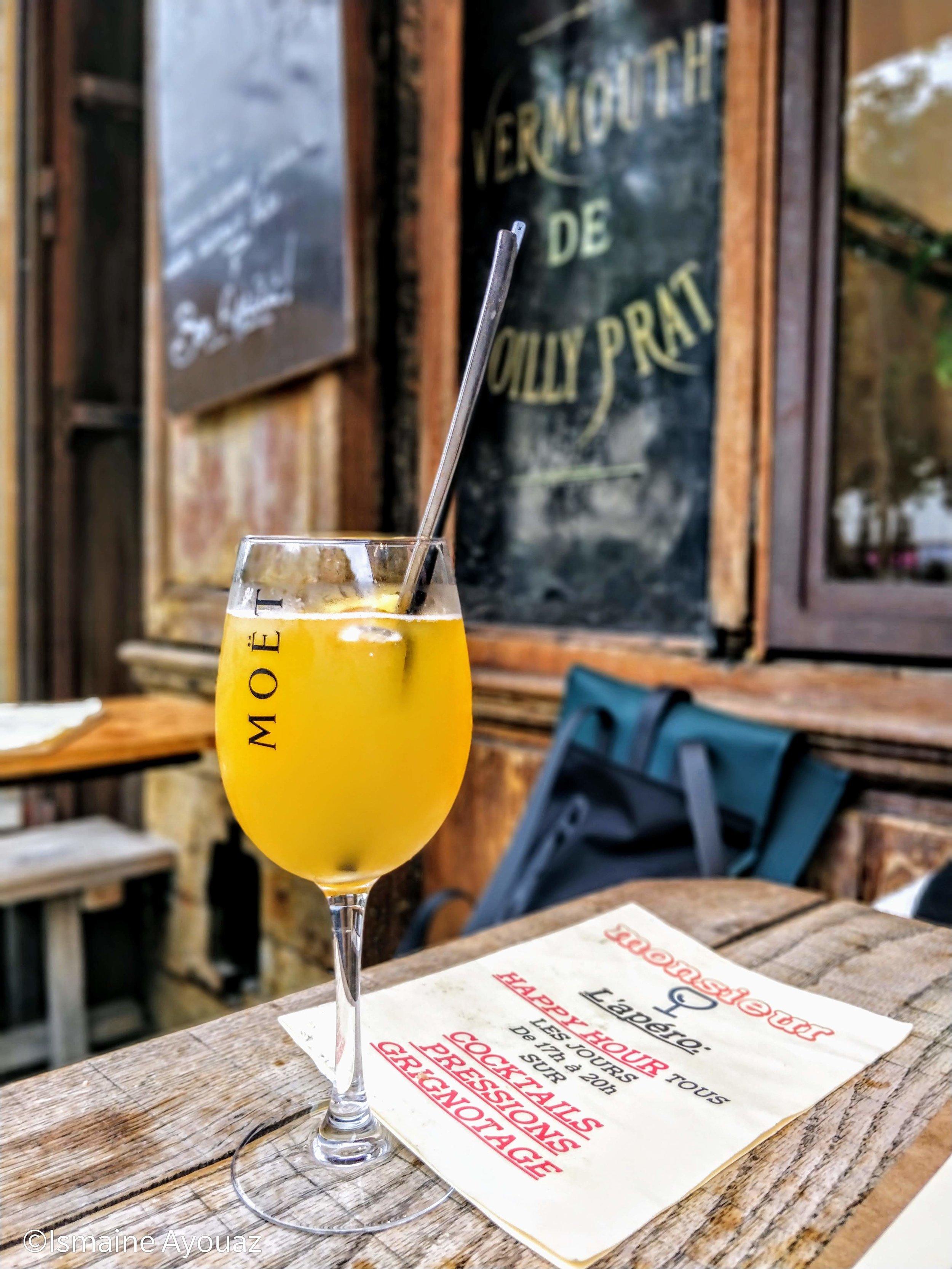 Copy of Au café