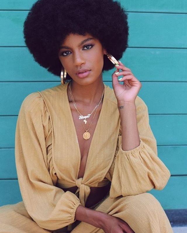 "👑 E B O N E E ... | Using @ajcrimson Beauty Dual Skin Creme Foundation & @eboneedavis favorite lip color ""No Shade"". _ #ChanelJMakeup #AJCrimsonBeauty"
