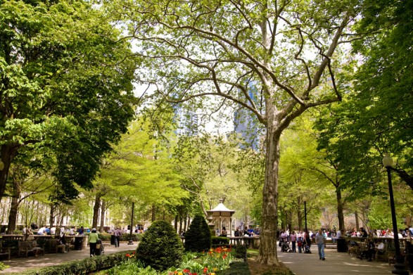 rittenhouse-square-m.edlow-900VP-587x0.jpg
