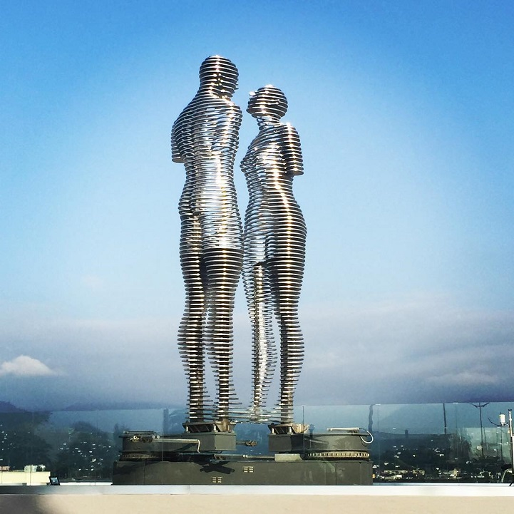 Sculpture by Georgian artist Tamara Kvesitadze