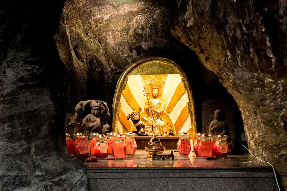 Golden Gautama Buddha