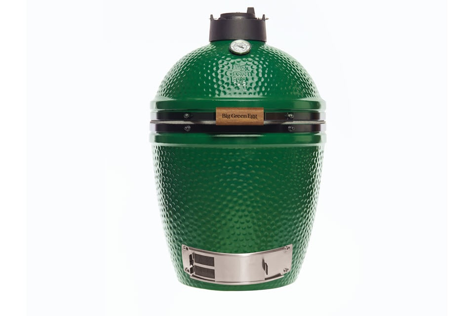 m-big-green-egg-the-outdoor-chef.jpg