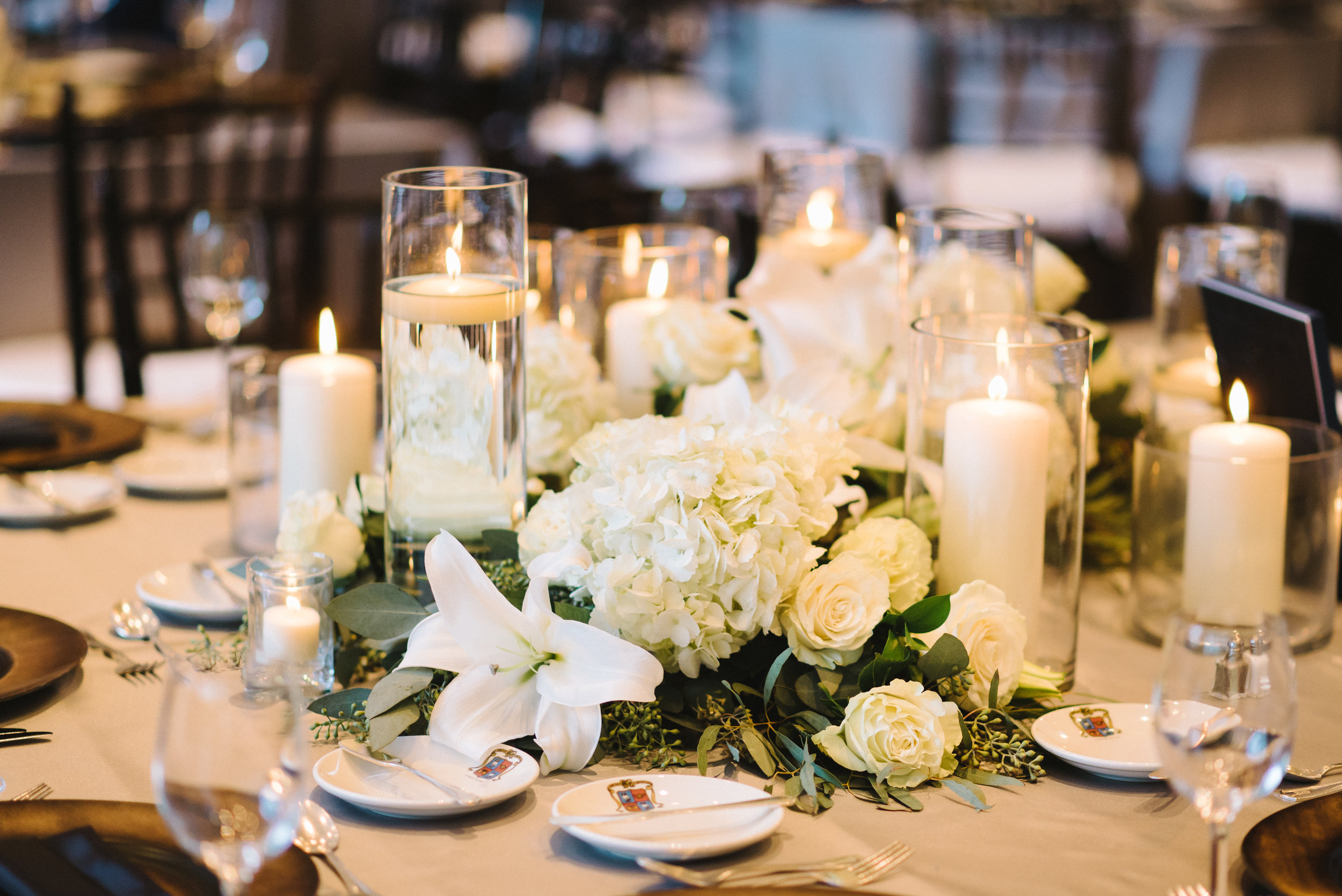 16 houston luxury wedding planning cohen house guest table.JPG