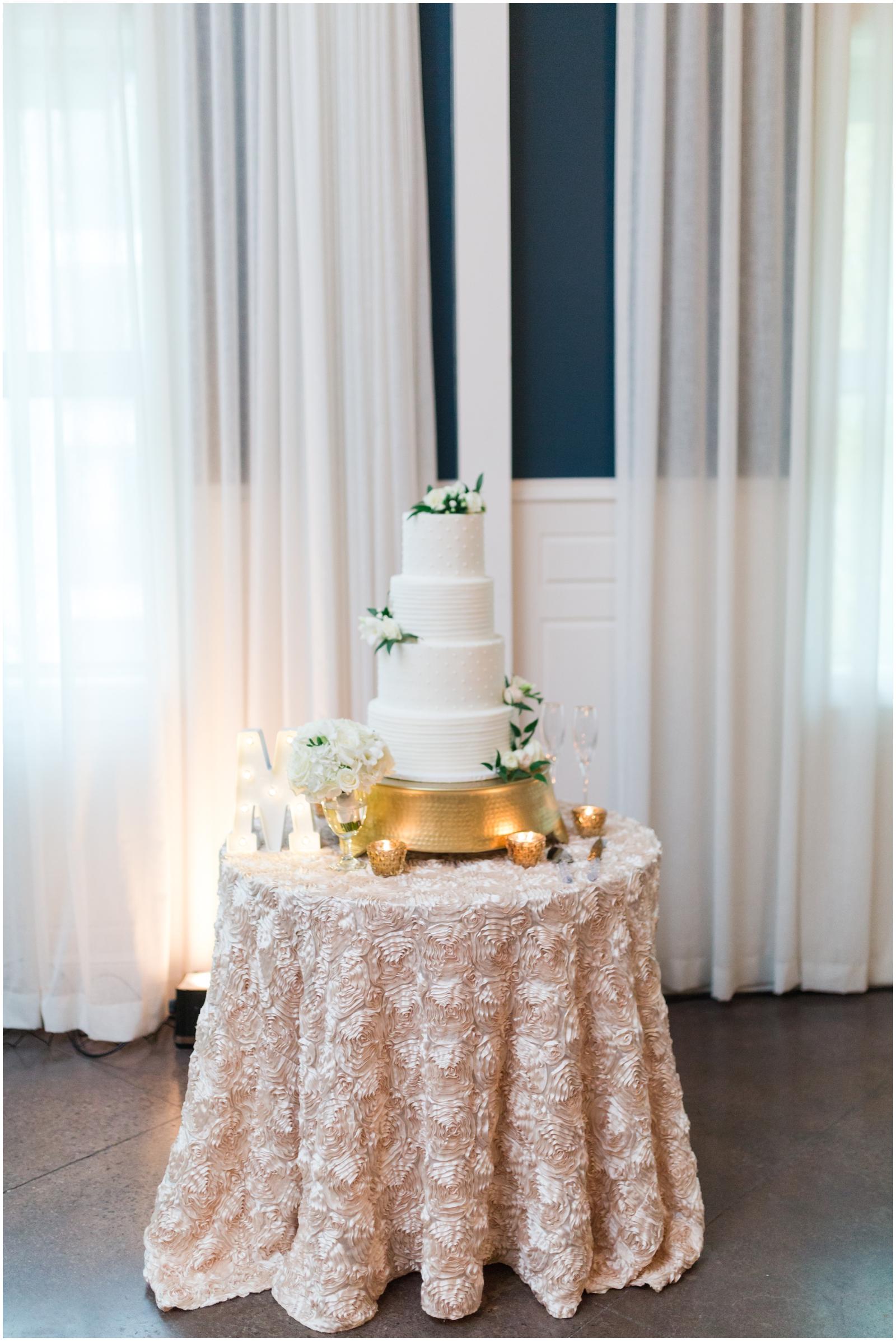 Hotel Ella Wedding- Austin Wedding + Event Planner_0137.jpg