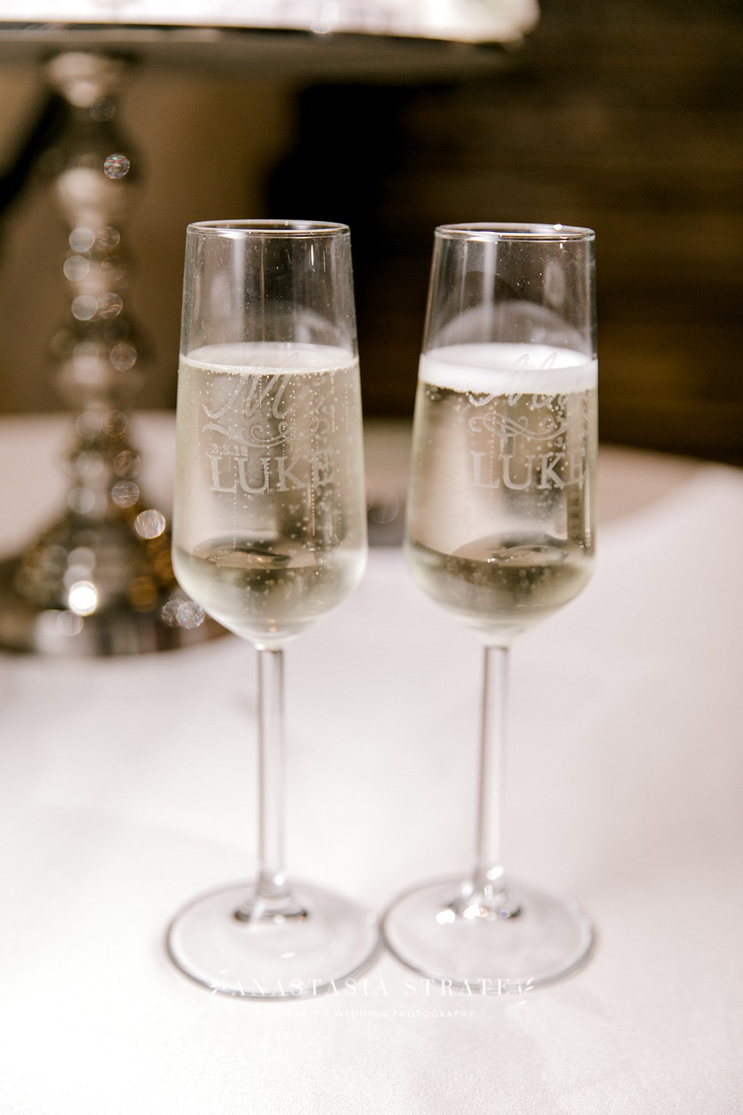 champagne glasses for the wedding