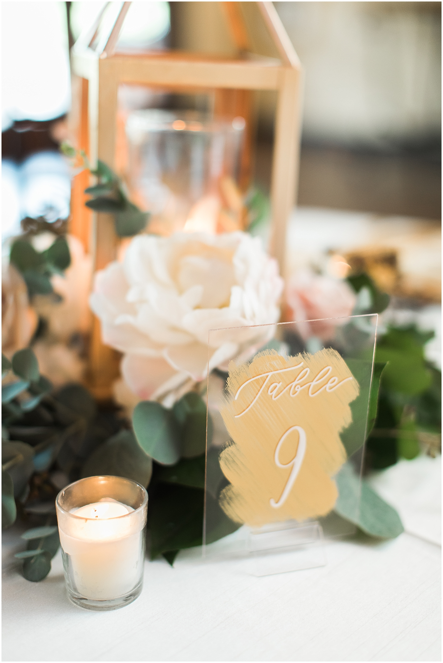 Gold lantern and table sign