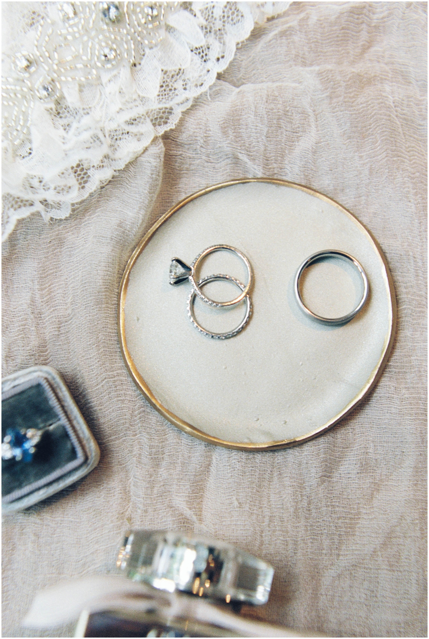 wedding rings layout