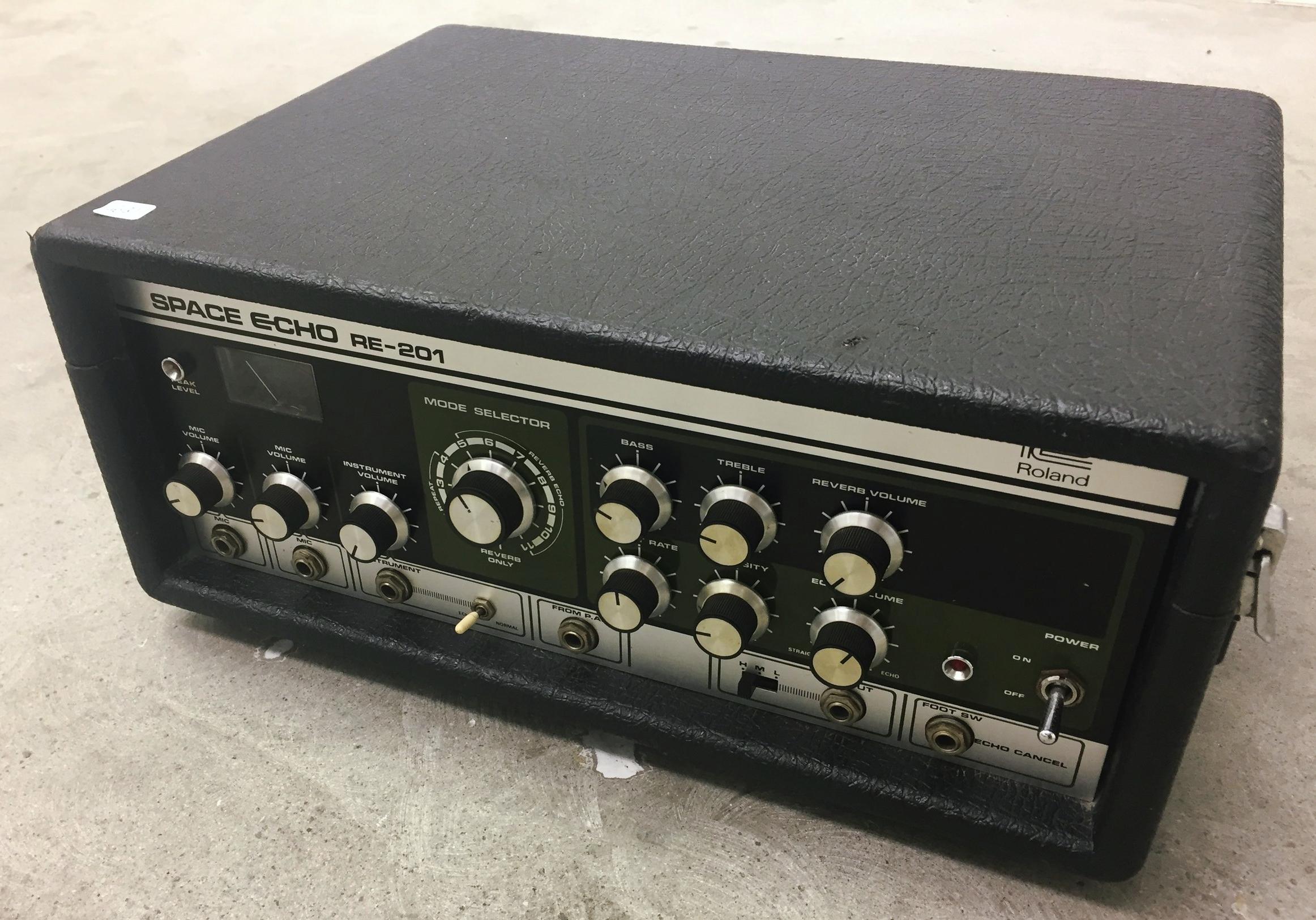 Roland RE-201 Nightlife Electronics feb2018.JPG