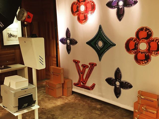 Photobooth at Louis Vuitton last night! Photos will be uploaded to our website soon! Link is in our bio and password is on the photos! #lvgifts #photobooth #boston #louisvuitton